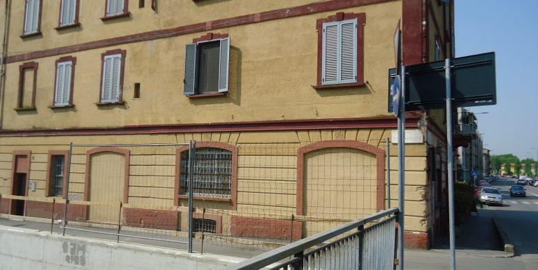 2 facciata 2